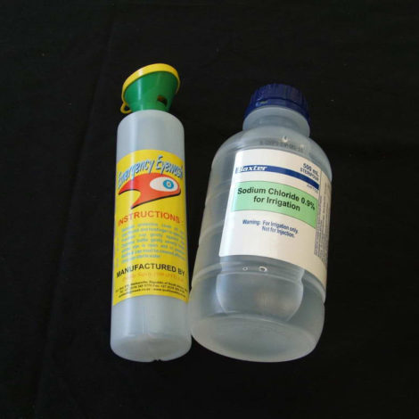 Eye-Wash-Bottle-Saline-Set